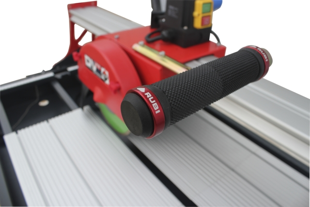 Máy cắt gạch Rubi - DV-200 1000